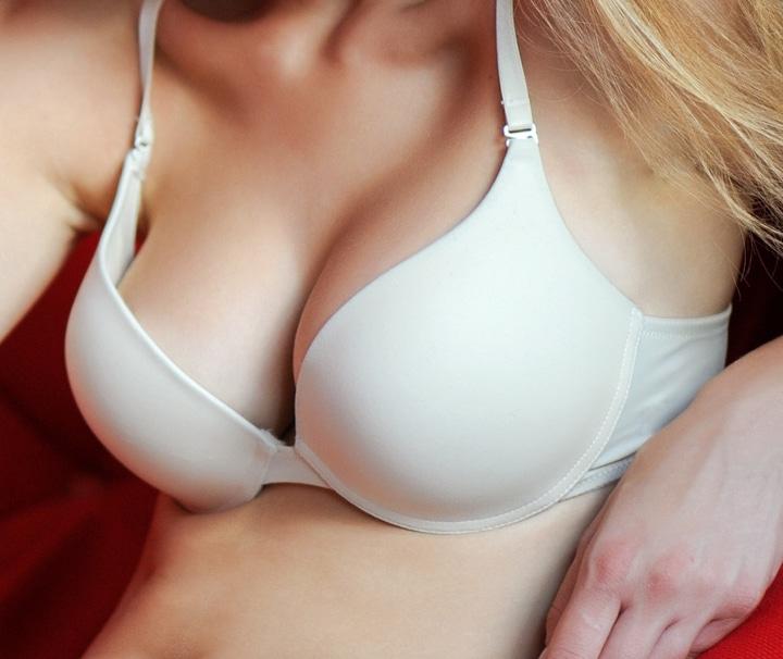 breast implants in palm springs
